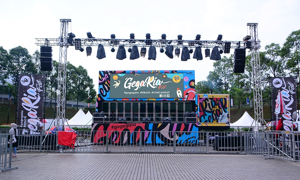 Transform into an outdoor event stage.